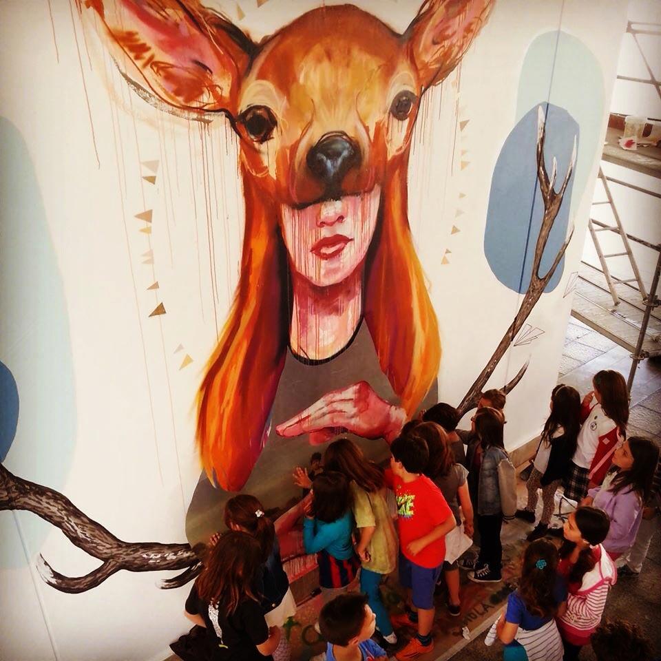 panoramica-mujer-ciervo